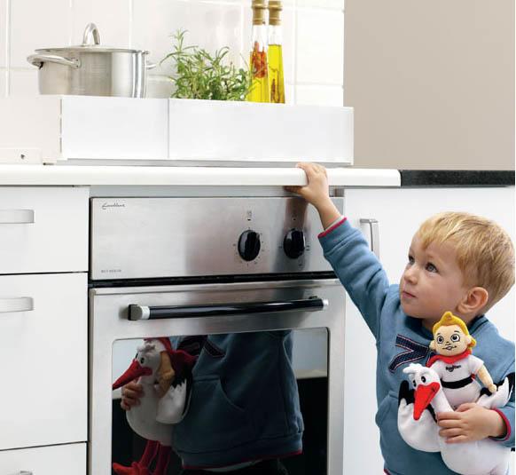 Los niños en la cocina, cómo hacerla más segura